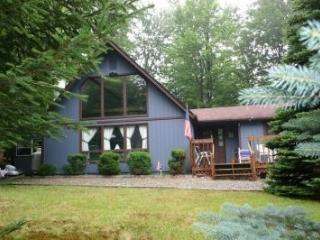 Arrowhead Lake Chalet - Peaceful and Private - Pocono Lake vacation rentals