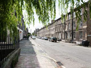 Apartment in historic New Town - Edinburgh vacation rentals