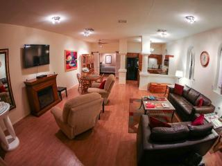 Escape Spa Suite in Downtown Kernville - Kernville vacation rentals