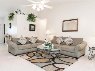 Donald's Den, Indian Ridge Oaks, Kissimmee,Florida - Kissimmee vacation rentals