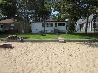 Perfect House with Internet Access and A/C - Au Gres vacation rentals