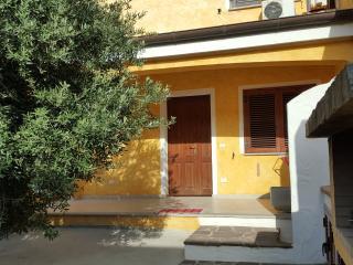 villetta porto pino baia del mirto - Sant'Anna Arresi vacation rentals