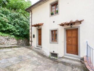 Nice 2 bedroom Townhouse in Castel Focognano - Castel Focognano vacation rentals