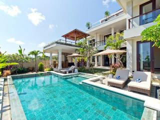 BY THE BEACH, 4 Bed New , Stunning! - Jimbaran vacation rentals