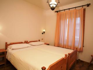Lovely Condo with Wireless Internet and Satellite Or Cable TV in Livigno - Livigno vacation rentals
