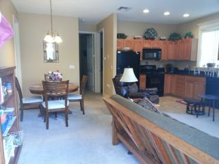 Beautiful Guest house with Deck and Internet Access - Mount Dora vacation rentals