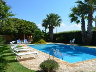 Villa con piscina indipendente a 200 m dal mare - Mazara del Vallo vacation rentals