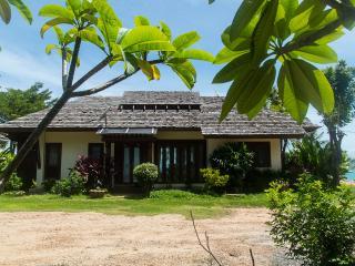 Beach front pool villa on Maenam - Koh Samui vacation rentals
