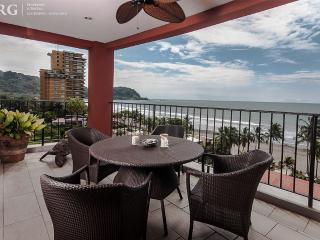 Luxury Penthouse with Amazing View of Jaco Beach. - Jaco vacation rentals