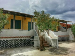 VILLETTA PAMELA porto pino - Sant'Anna Arresi vacation rentals