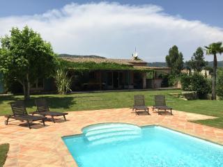 Riviera villa, big secluded property, fully fenced - Le Plan-de-la-Tour vacation rentals