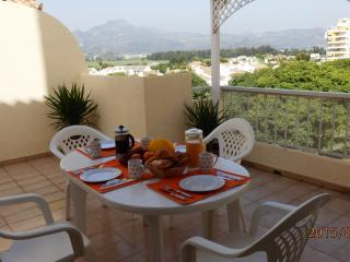 Los Iris - Family apartment, minimum age to book must be 25 years old - Playa de Gandia vacation rentals
