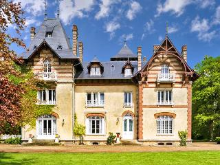 Spacious 8 bedroom Fresnay-le-Samson House with DVD Player - Fresnay-le-Samson vacation rentals