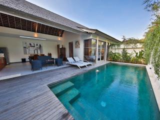Balinese Style Villa 2 Bedroom in Legian - Kuta - Legian vacation rentals
