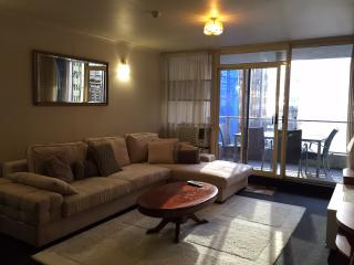 2 bedroom with balcony in city centre - Sydney vacation rentals