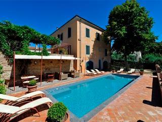 Villa Fabbrica - Fabbrica di Peccioli vacation rentals