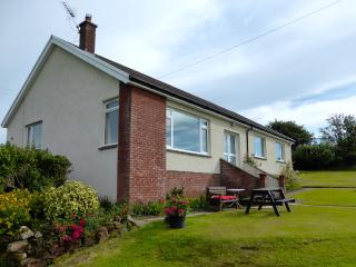AULDBYRES BUNGALOW 4 bedroom farm cottage near Ayr - Ayr vacation rentals