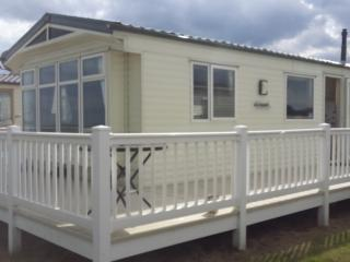 SV19 Kessingland Beach Suffolk Gold 8 Berth - Kessingland vacation rentals