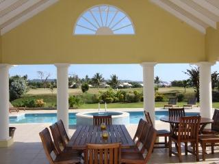 Sunny 4 bedroom Villa in Lowlands - Lowlands vacation rentals