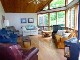 Secluded Spectacular Viceroy Home - Sundridge vacation rentals
