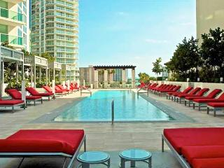 Perfect Condo with Internet Access and A/C - Sunny Isles Beach vacation rentals