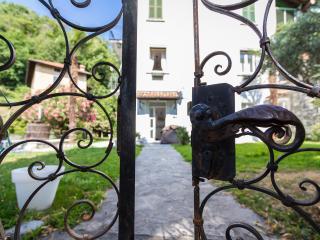 New Lake View Apartments in Tremezzo Center - Tremezzo vacation rentals