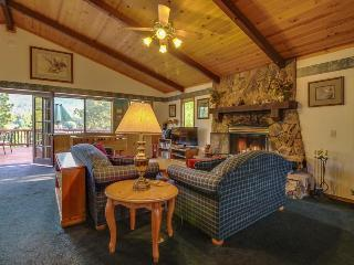 In the heart of Big Bear with a private hot tub! - Big Bear Lake vacation rentals