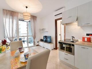 2 bedroom House with Internet Access in Brusuglio - Brusuglio vacation rentals