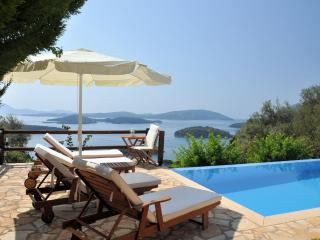 Private, pool, seaviews,walk to seashore/amenities - Perigiali vacation rentals