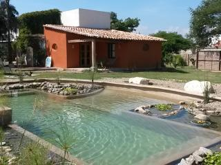 Cozy Bungalow with Internet Access and Porch - San Agustin Etla vacation rentals