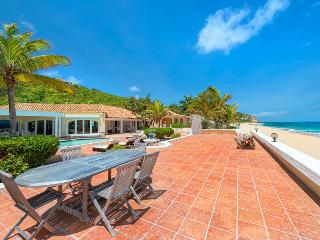 LITTLE JAZZ BIRD... Wow!! Fabulous wedding villa on stunning beach - Baie Rouge vacation rentals