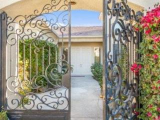 Diamond of the Desert!  Stunning 4 Bdroom / 3.5 Bath, Pool, Spa with Casita. Lighted tennis Courts - Rancho Mirage vacation rentals