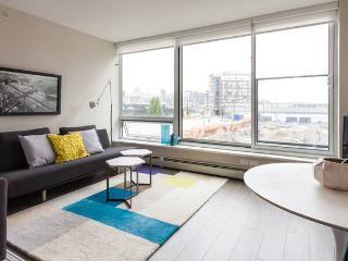 CHIC, MODERN Vancouver Condo - Vancouver vacation rentals