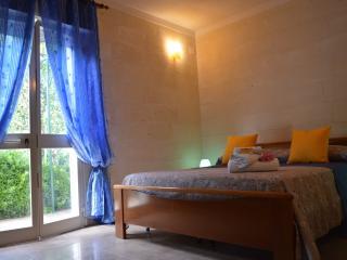 2 bedroom Villa with Outdoor Dining Area in San Pietro in Bevagna - San Pietro in Bevagna vacation rentals