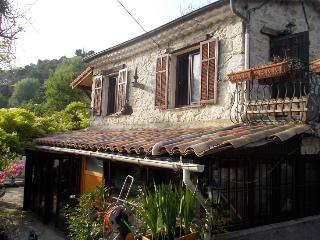 2 bedroom Gite with Internet Access in Tourrette-Levens - Tourrette-Levens vacation rentals