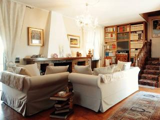 Villa Marisa Bed, Breakfast & Books. - Pavia vacation rentals