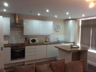 Luxury Town Centre Apartment with Sea Views (HC2) - Scarborough vacation rentals