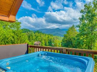 CRAZY SUMMER SPECIAL from $149 Night! 2BR Gatlinburg Cabin w/ Views! - Gatlinburg vacation rentals