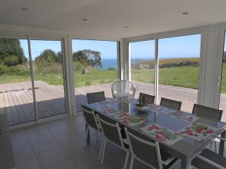 Perfect Maupertus-sur-Mer vacation House with Central Heating - Maupertus-sur-Mer vacation rentals