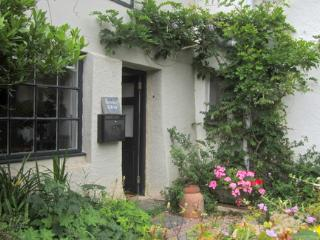 Pearse's Cottage - Self-catering in Devon - Ashprington vacation rentals