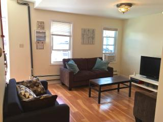 The Castle! - 9 Min. to NYC!! - Long Island City vacation rentals