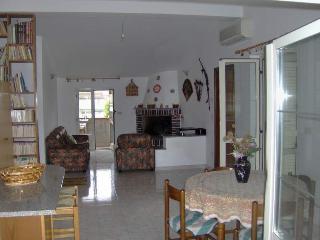 appartamento mansarda - Locri vacation rentals