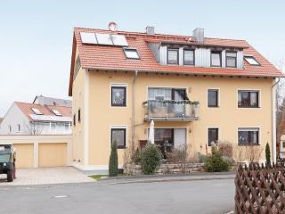 Vacation Apartment in Herzogenaurach - 484 sqft, Quiet, central, internet and parking, dogs allowed.… - Herzogenaurach vacation rentals