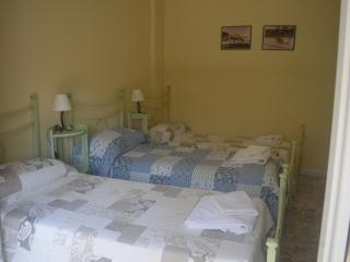 TRIPLE ROOM WITH ShARED BATHROOM - Cagliari vacation rentals