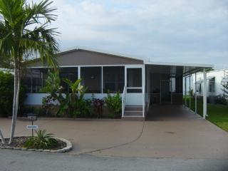 Great mobile home fully renovated in Dania Beach, - Dania Beach vacation rentals