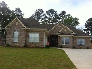 Beautiful Family Home 3 miles from Ole Miss - Oxford vacation rentals