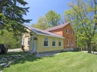 Perfect Cabin with Internet Access and Television - Singhampton vacation rentals