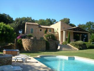 5 bedroom Manor house with Internet Access in Mondragon - Mondragon vacation rentals
