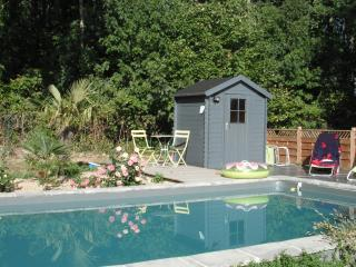 Nice Gite with Internet Access and Outdoor Dining Area - Beaussais vacation rentals
