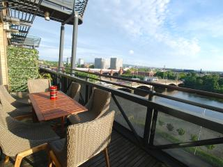 Orchid (By rental-retreats) - Glasgow vacation rentals